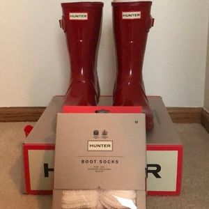 Military red short gloss Hunter boots size 7